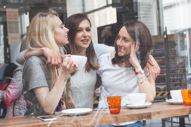Mulheres, desfrutando, um, café, em, copenhaga