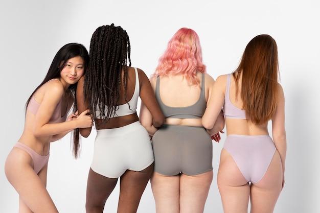 Mulheres diferentes exibindo diferentes tipos de beleza