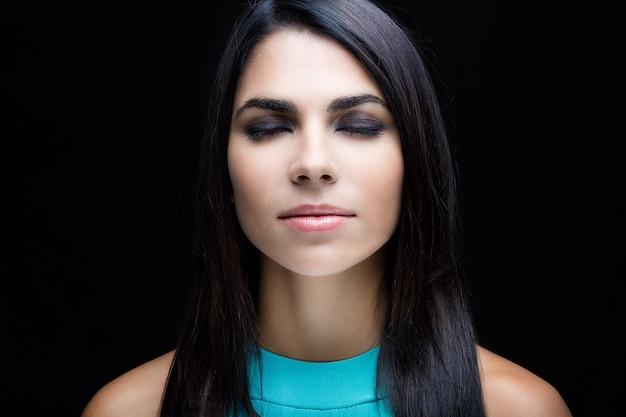 Mulheres dos olhos perfeição estética jovens