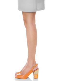 Mulheres, ficar, pose, desgastar, couro, robusto, salto alto, moda, sapatos, com, vista lateral, perfil, isolado, branco