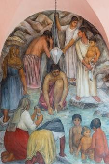 Mural na parede, escola universitária de belas artes, san miguel de allende, guanajuato, méxico