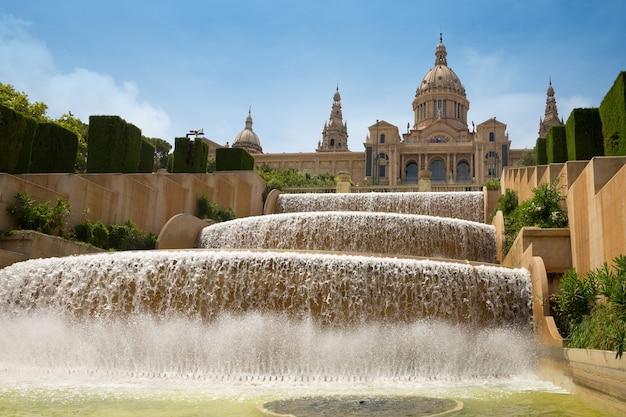 Museu nacional da catalunha mnac em barcelona, espanha
