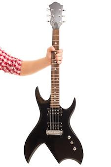 Música, close-up. homem segurando guitarra electro