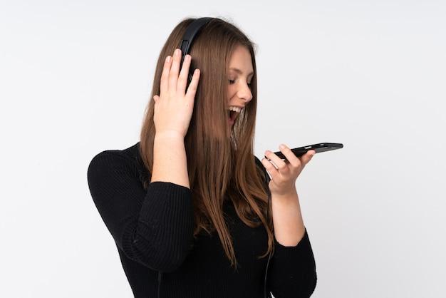 Música jovem mulher caucasiana