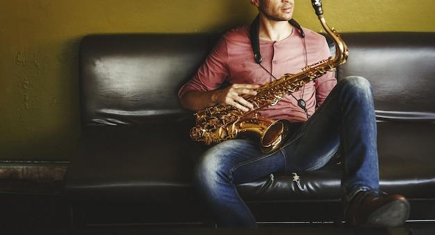 Músico saxofone jazz artista passion concept