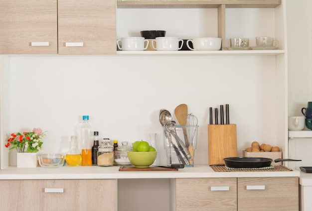 Na cozinha, comida e culinária