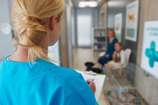 Na fila do veterinário