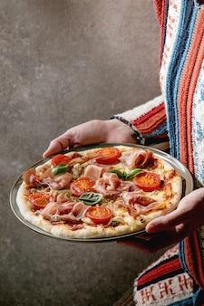 Napolitana de pizza caseira