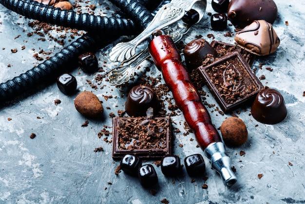 Narguilé de tabaco com sabor de chocolate