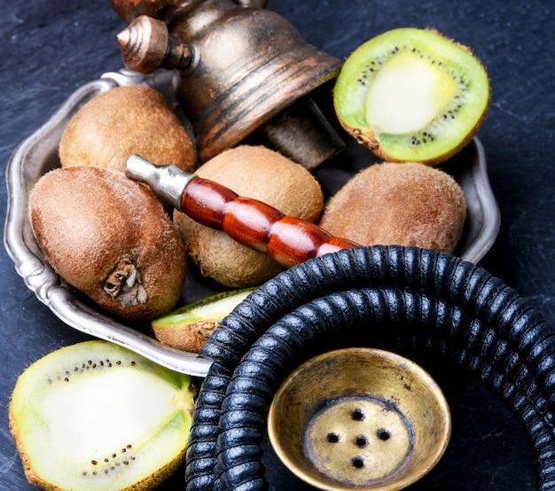 Narguilé shisha com kiwi