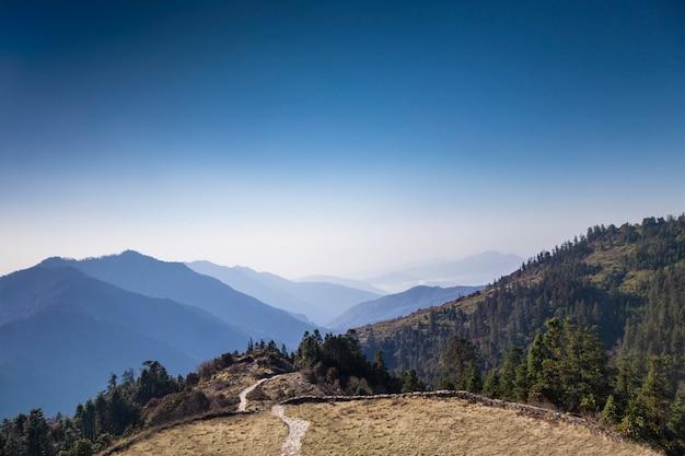 Nascer do sol no himalaia