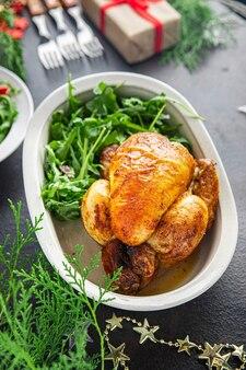 Natal frango ou carne de peru mesa de ano novo deleite frango coquelet refeição fresca lanche