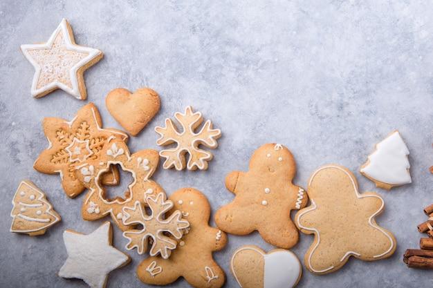 Natal plana leigos com biscoitos tradicionais de gengibre