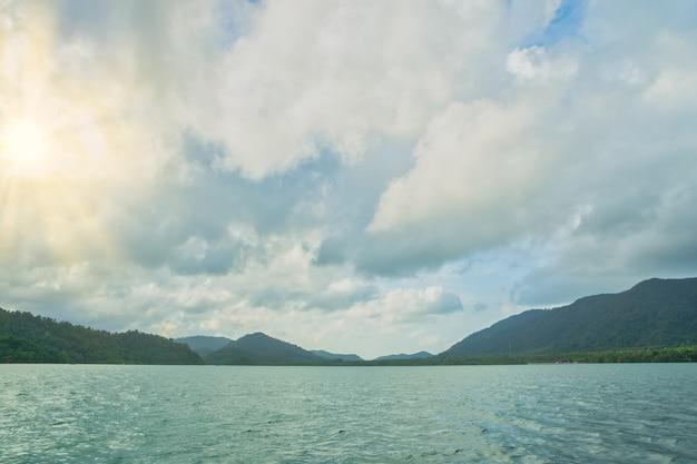 Naturalmente belas vistas do mar koh chang