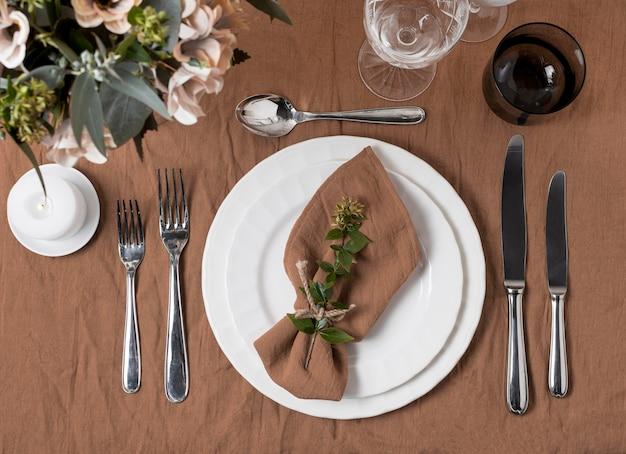 Natureza morta de casamento com arranjo de mesa