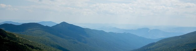 Natureza paisagem de belas montanhas