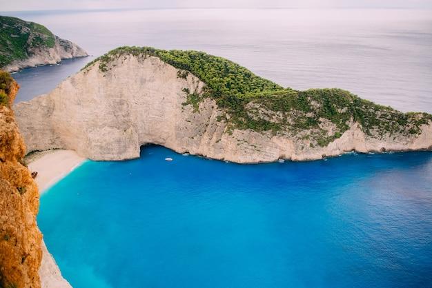 Navagio bay shipwreck beach grécia, zakynthos, dia de verão