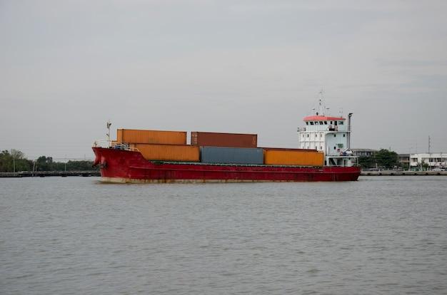 Navio de carga contêiner