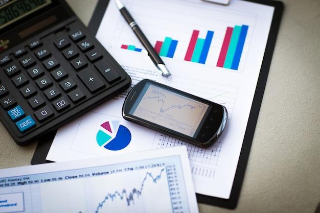 Negócio de análise financeira de local de trabalho