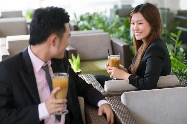 Negócio romântico