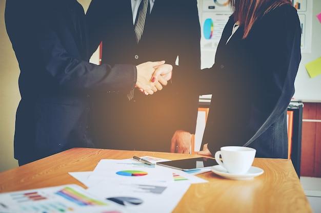 Negócios e reuniões e unidade de trabalho.