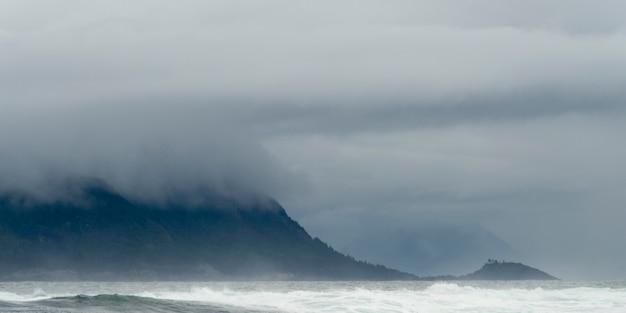 Nevoeiro, sobre, oceano pacífico, skeena-queen, charlotte, regional, distrito, haida, gwaii, graham, ilha, britis