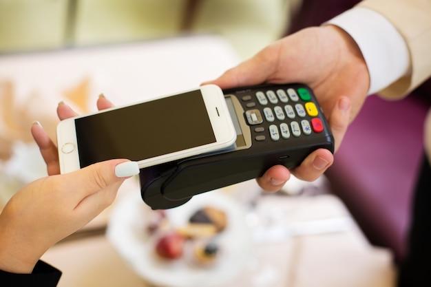 Nfc - comunicação em campo próximo, pagamento móvel