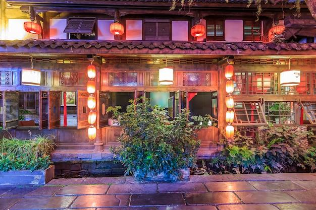 Nightscape da cidade antiga de chengdu, província de sichuan, china