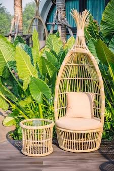 Ninho de cadeira de vime conforto para o turismo