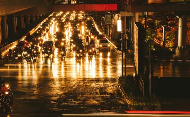 Noite de congestionamento em banguecoque