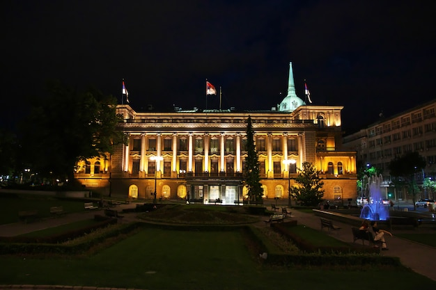 Noite na cidade de belgrado, sérvia