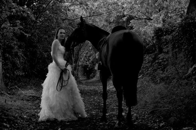 Noiva em um cavalo