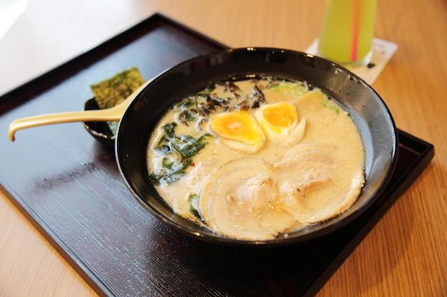 Noodle ranmen comida japonesa
