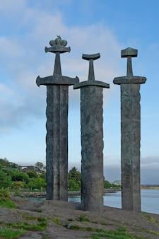 Noruega, espadas no rock