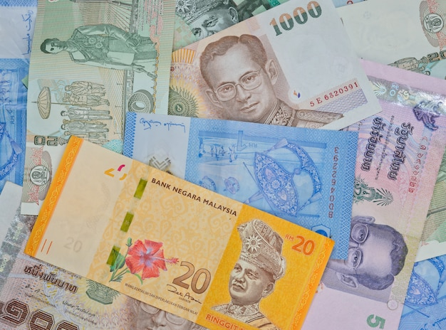 Notas da malásia e da tailândia