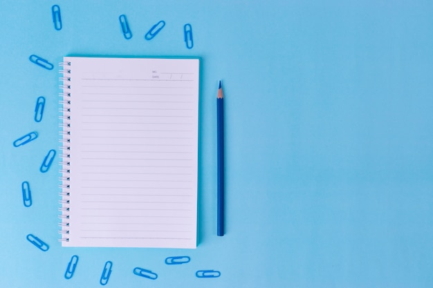 Notebook, clipes com espaço de cópia para texto