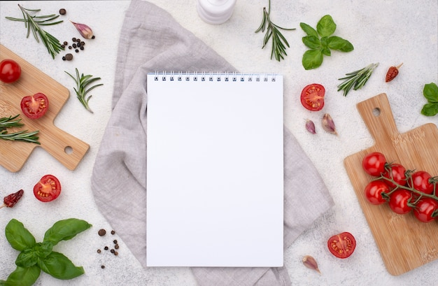 Notebook com ingredientes