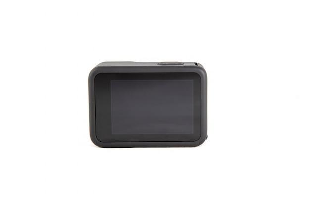 Nova câmera de ação k na cor preta com fundo branco isolado