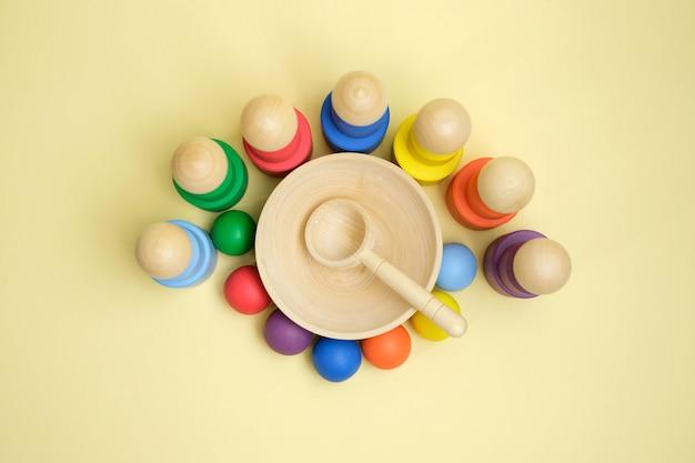 Novo brinquedo educacional de madeira para crianças para aprender cores