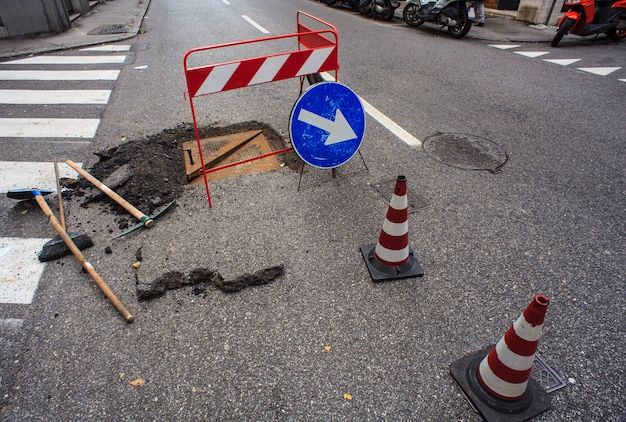 Novo bueiro e reparo de estradas