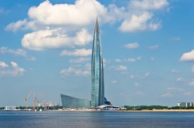 Novo escritório da gazprom em são petersburgo
