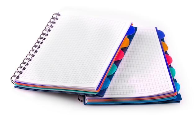 Novos cadernos azuis com anéis