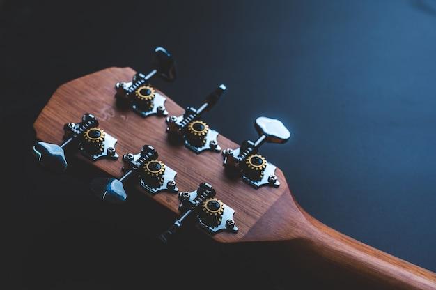 Novos instrumentos musicais de violão de madeira