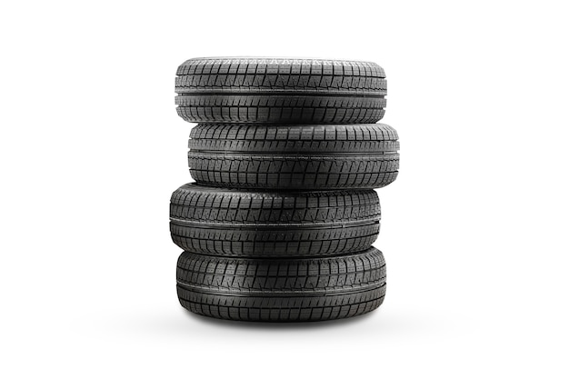 Novos pneus de inverno, uma pilha de pneus isolados em um fundo branco