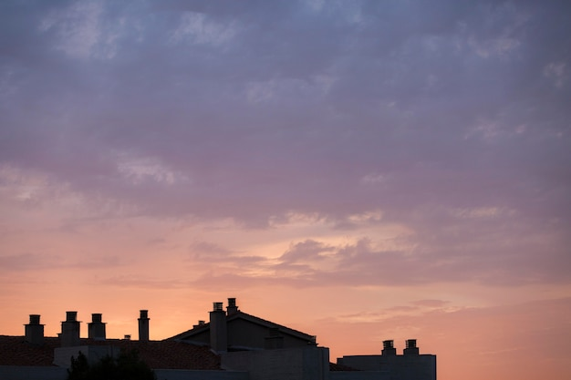 Nublado no papel de parede da paisagem do céu