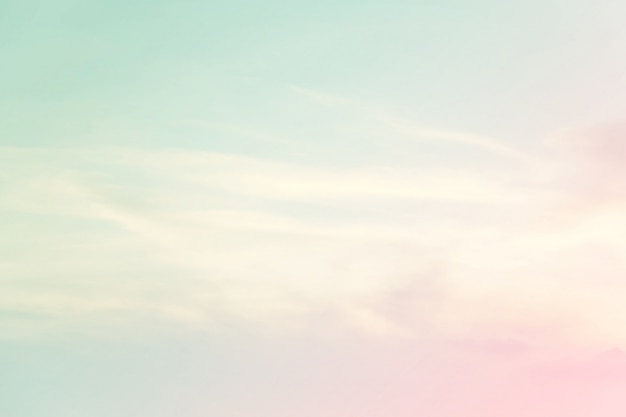 Nublado suave é gradiente pastel, fundo abstrato céu em cor doce.