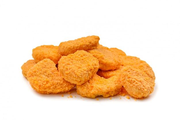 Nuggets isolados em um fundo branco.