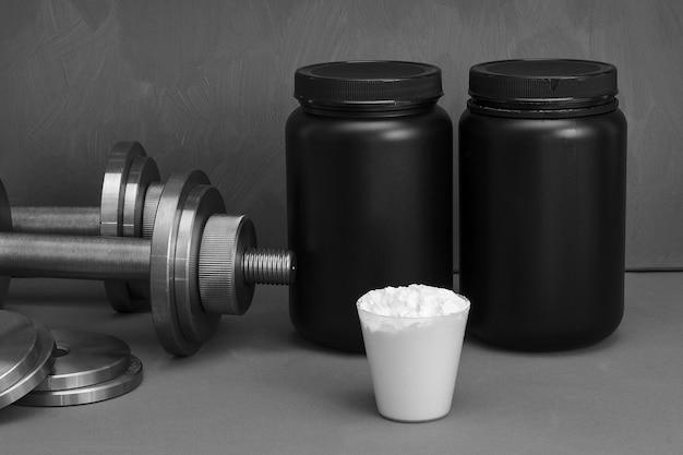 Nutrição esportiva com haltere