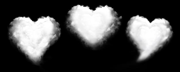 Nuvem dada forma coração isolada.