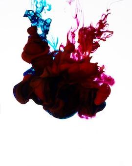 Nuvem de tinta fluindo colorida